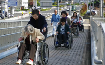 20121209_kurumaisu1.jpg